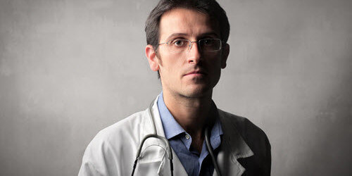 doctor-upset-with-healthcare-500x351